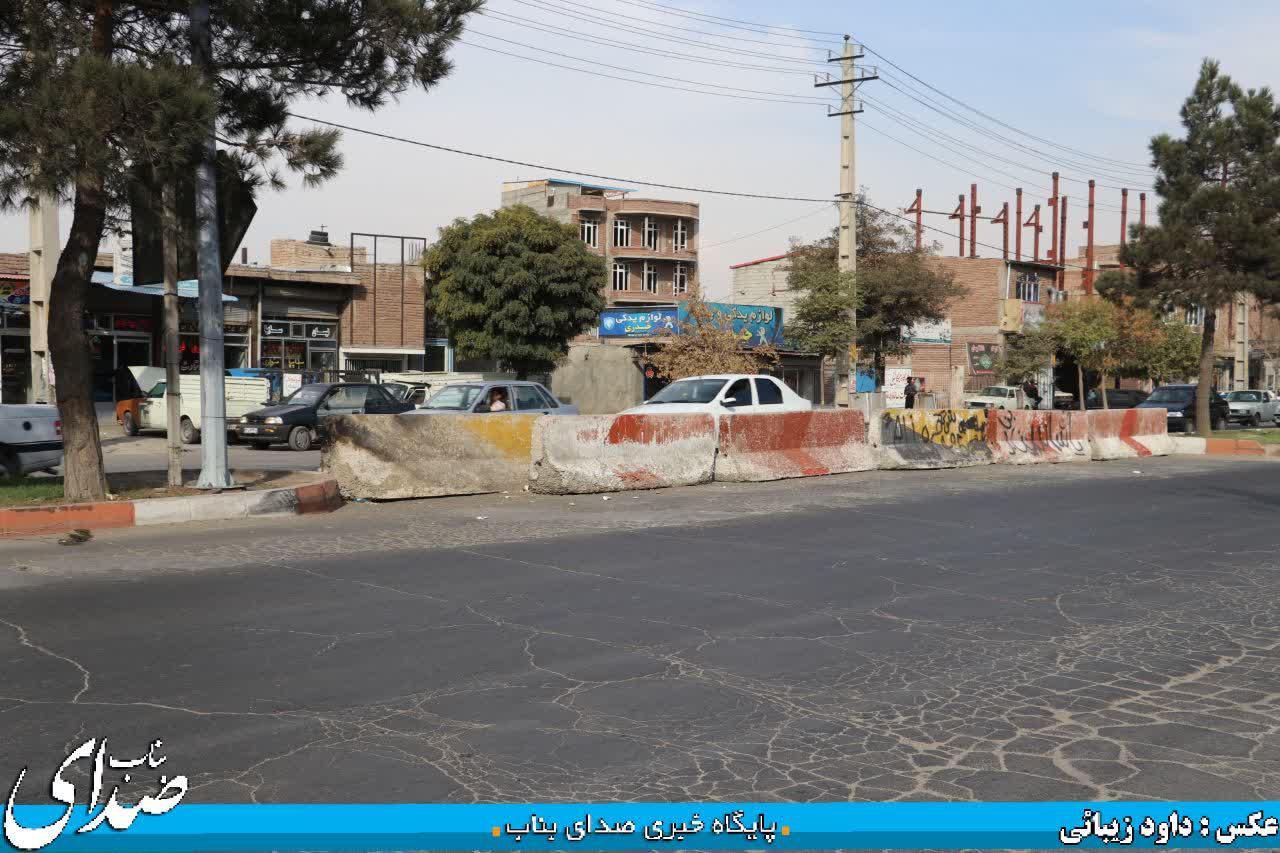 مسدود شدن بریدگی آخر دیزج با هدف جلوگیری از تردد رانندگان از کوچه های خیابان ثروتی