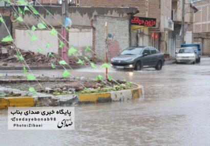 گزارش تصویری بسیار زیبا از یک روز بارانی در شهرستان بناب/ کوچه های گل آلود نتیجه قطعی این باران ؟!!