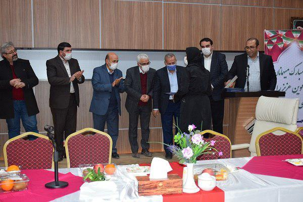 مراسم گرامیداشت روز پدر و مهندس در گروه صنعتی اطهر برگزار شد+ تصاویر
