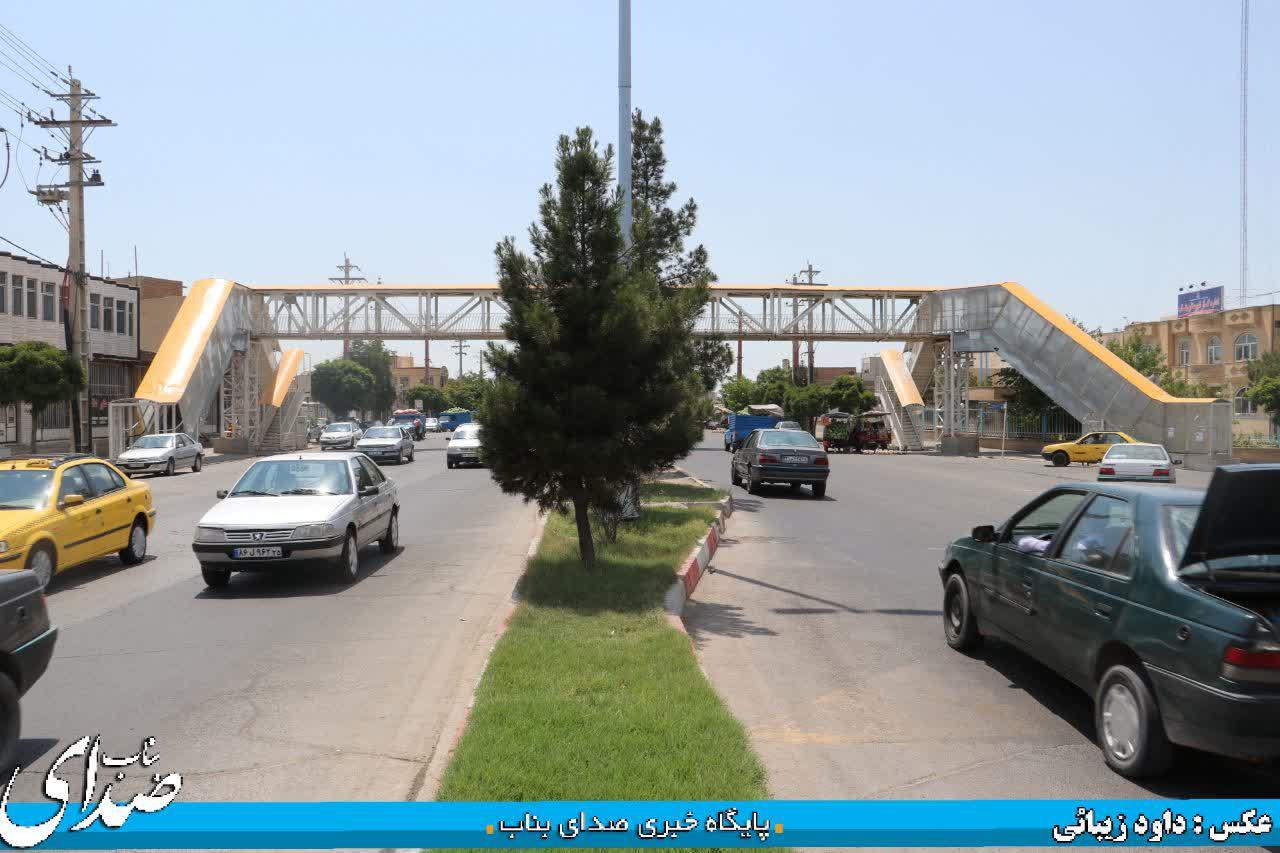 کمبود پل روگذر عابر پیاده یکی از مشکلات امروز شهری بناب/ اهالی محلات آغداش و فرهنگیان ۳ اولین گروه متضرر