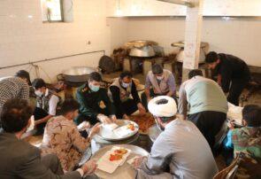 تهیه و توزیع ۸۰۰ پرس غذای گرم در شهرستان بناب؛