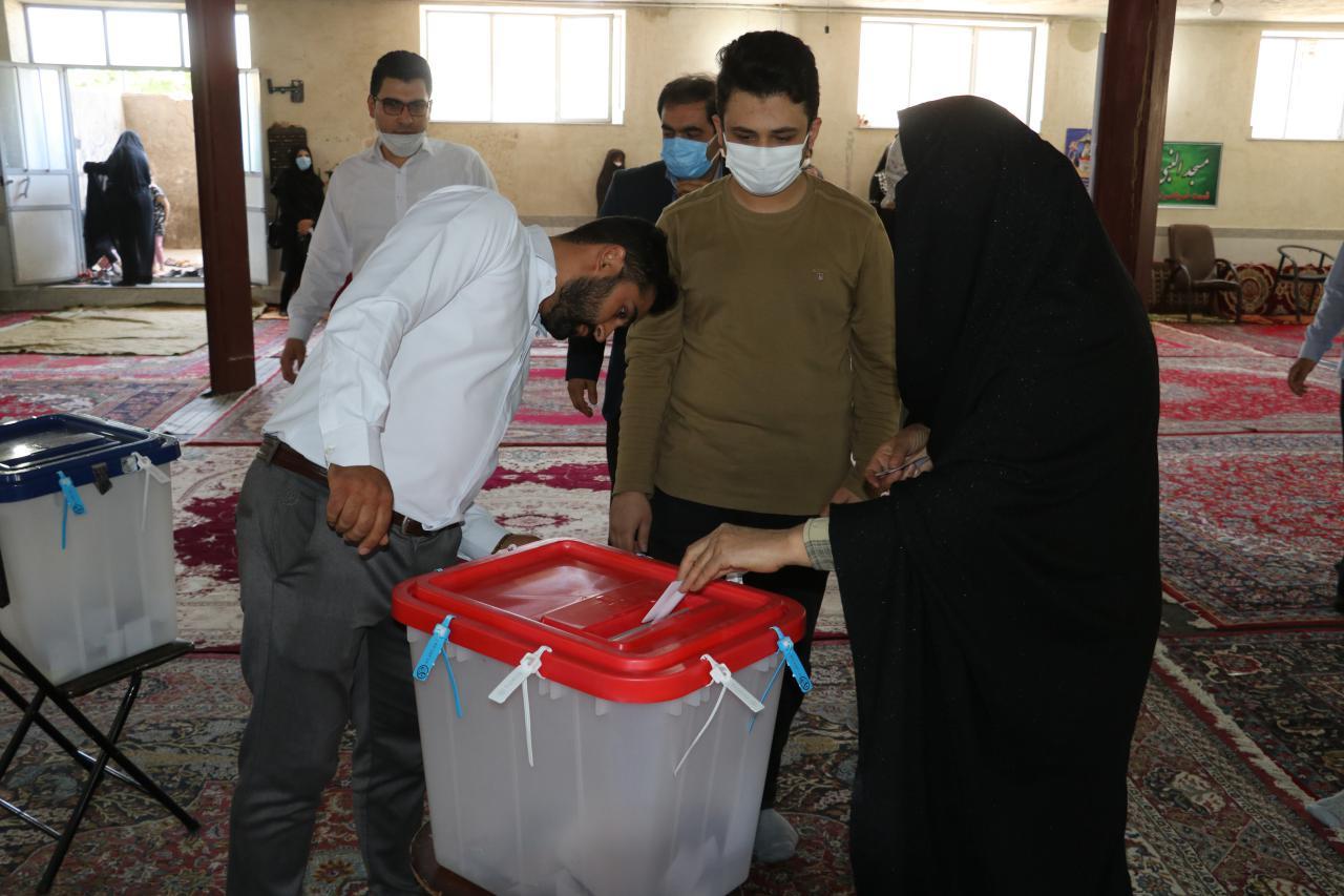حضور پرشور مردم بناب در انتخابات ریاست جمهوری و شوراها+تصاویر