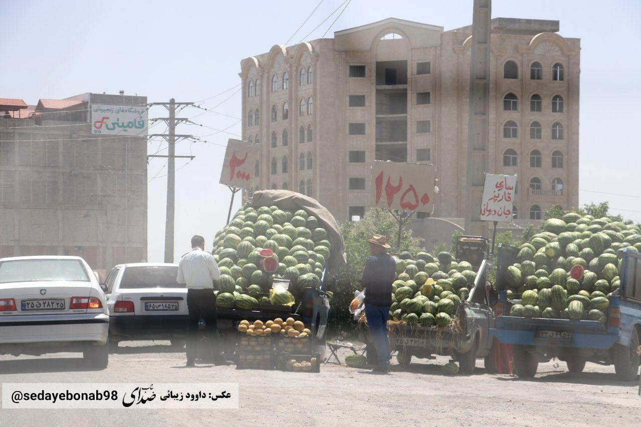 میدان امیرکبیر بناب  یا میدان تره و بار!!/ چرا هیچ نهادی به این موضوع رسیدگی نمی کند!