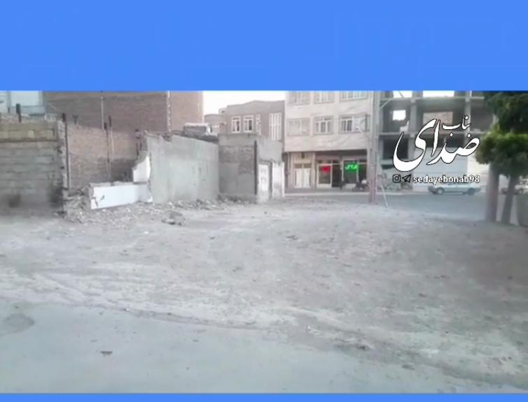 پیگیری مشکلات اهالی خیابان آب / مردم گرفتار در بین گرد و خاک