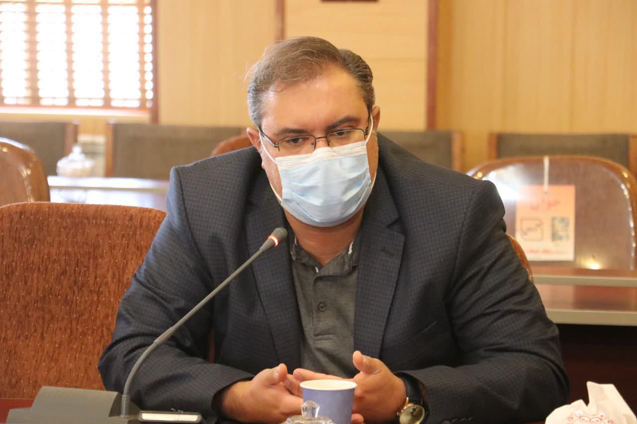 متاسفانه در برخی مراسمات پروتکل های بهداشتی رعایت نمی شود/ تنها ۴۰ درصد مردم بناب از ماسک استفاده می کنند/ شروع واکسیناسیون به صورت شبانه روزی در بناب/ ۲۰ نفر بیمار کرونایی در بناب بستری هستند