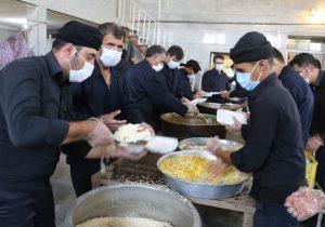 پخت روزانه ۱۴۰۰ پرس غذای گرم در مسجد جامع شهر خوشه مهر + تصاویر